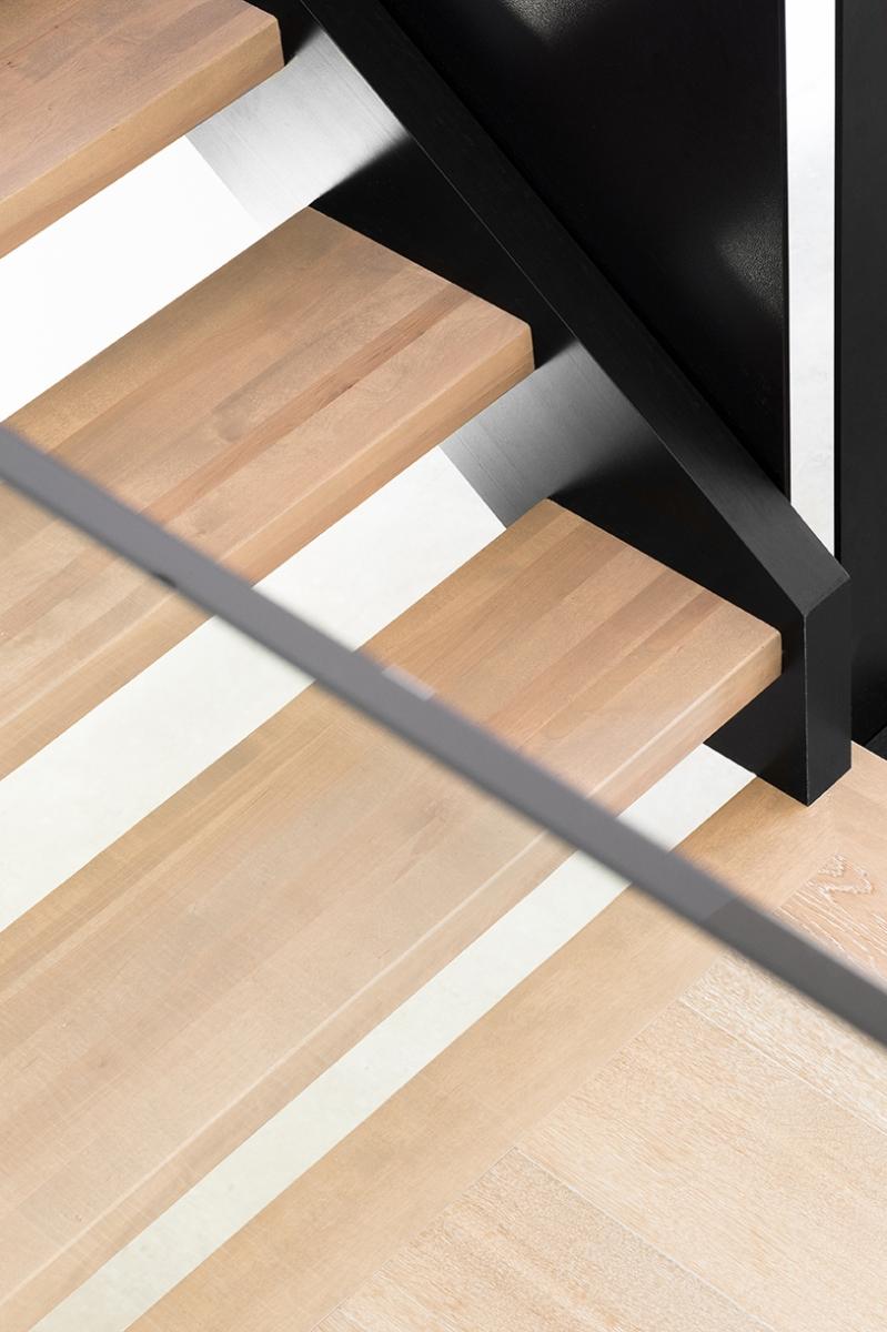 Résidence à Stoneham   Escalier métal et bois
